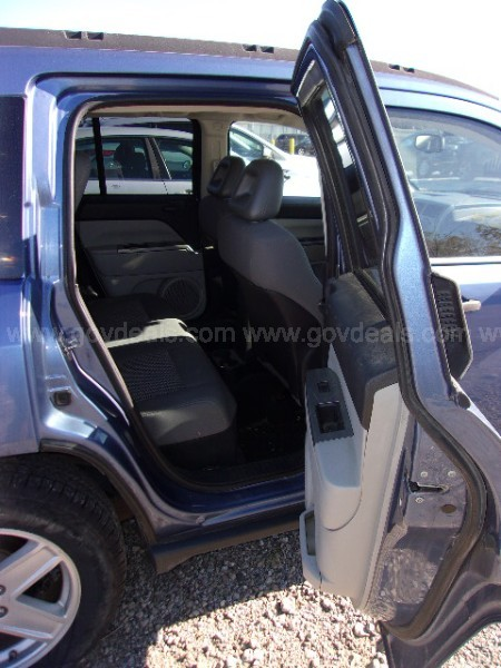 2007 Jeep Compass Sport 4WD (6700)