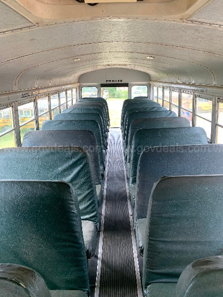 1999 International 3800, 65 passenger school bus