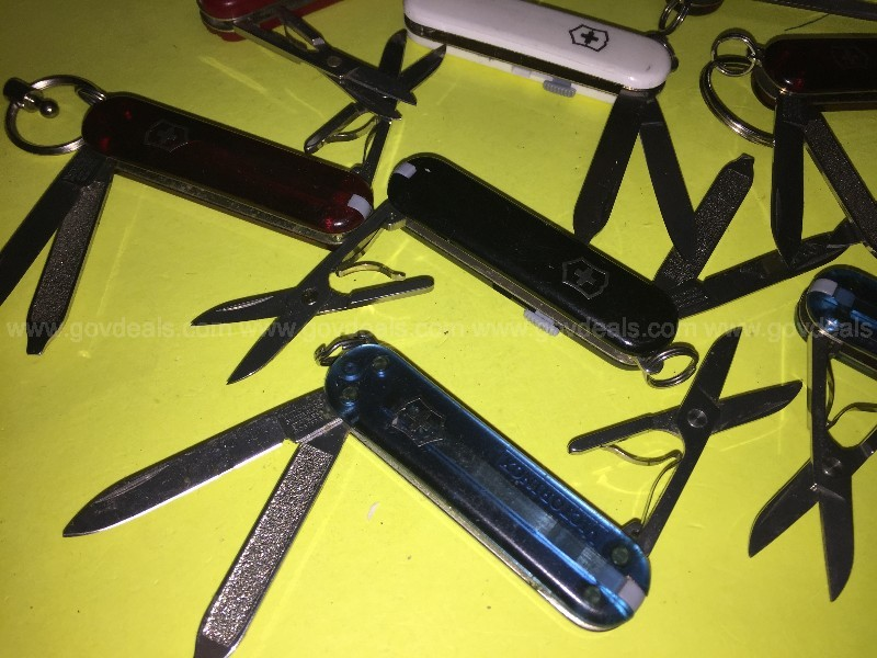 "Victorinox ""5,7,8,9 & 10 Tools"" Minature Swiss Army Knives (ID#13843)K3"