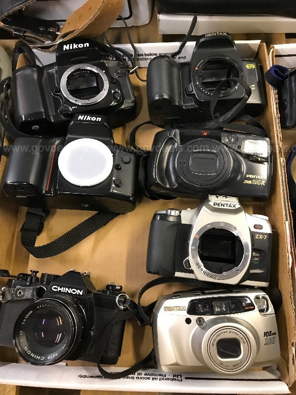 Cameras, Lenses & Flashes (ID #15078) (Off-Site) (20-1407-2 CCS)