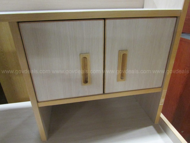 Personal Desk with Overhead Wood Pale Laminate (ID #17065) (J3)