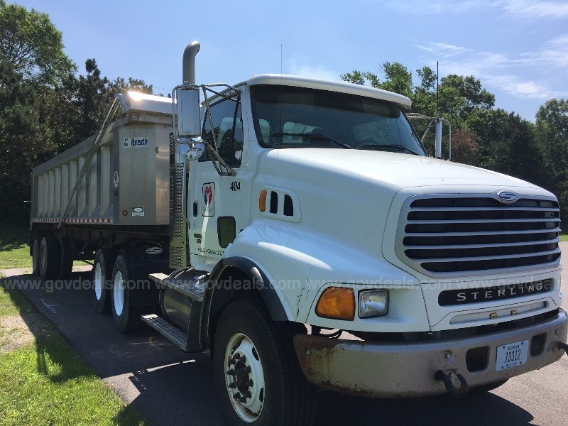 2008 Sterling 5-wheel truck and 1998 Galbreath dump trailer