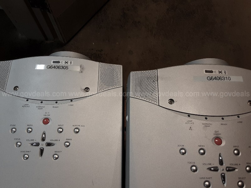 Lot of 16 Projectors