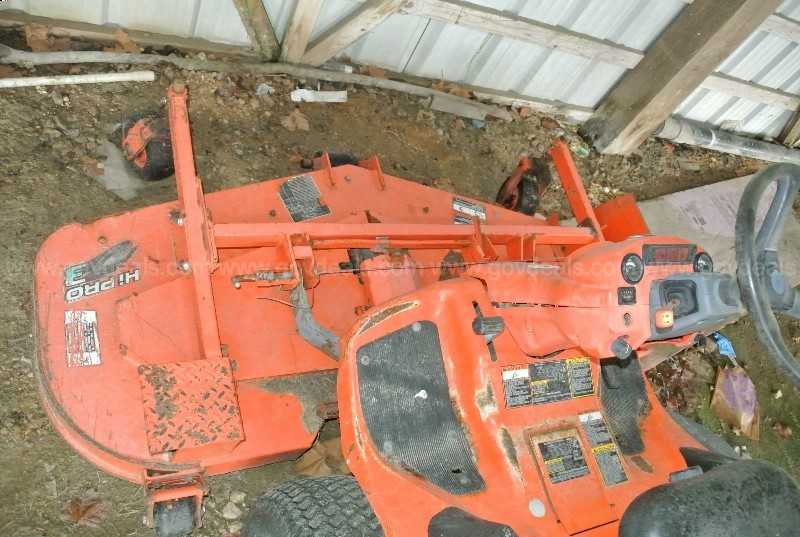 2008 KUBOTA F2880E-F FRONT MOWER -- NEEDS REPAIR