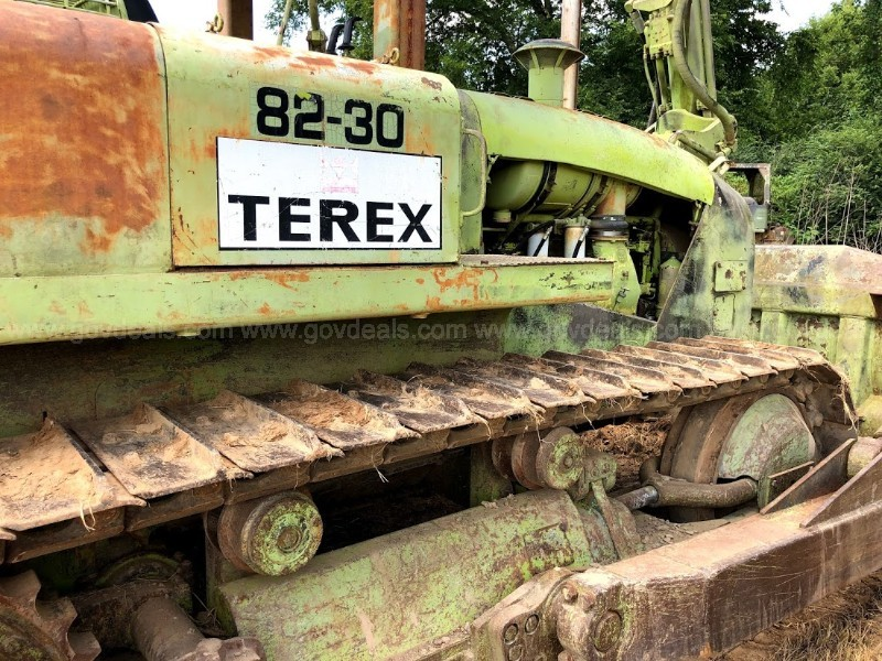 TEREX 8230 BULL DOZER  IN GOOD WORKING CONDITION